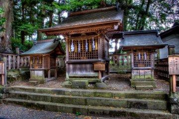 Small shrine at Akimiya