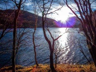 오쿠시라네 산에서의 아침 햇살