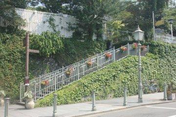 Vintage bus stop along the Kitano Ijinkan road