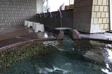 河口湖酒店公共溫泉以及洗浴區