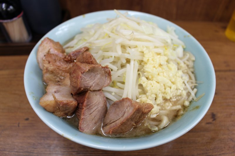 Standard serving with pork
