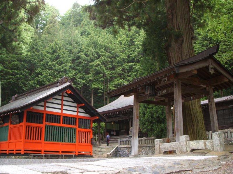 Narai Jinja (shrine)