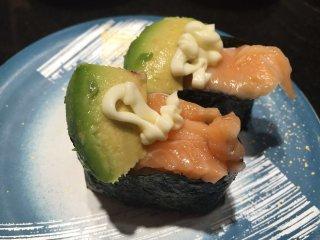 un sushi Saumon / Avocat