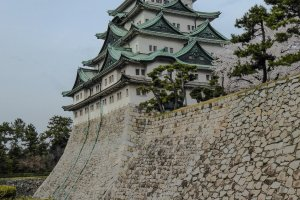 Le donjon reconstruit du château de Nagoya