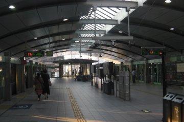 Sleek, modern facilities at Shimbashi Station