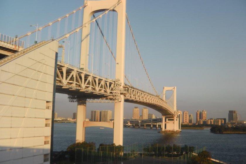 Tokyo\'s Rainbow Bridge