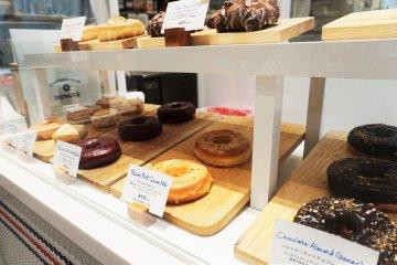 CAMDEN'S BLUE STAR 甜甜圈