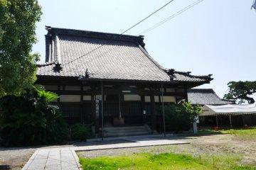 Enfukuji Shrine sits high up above Tomo's waters