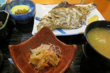 Deep fried fish at Hyoshiro Seafood Restaurant