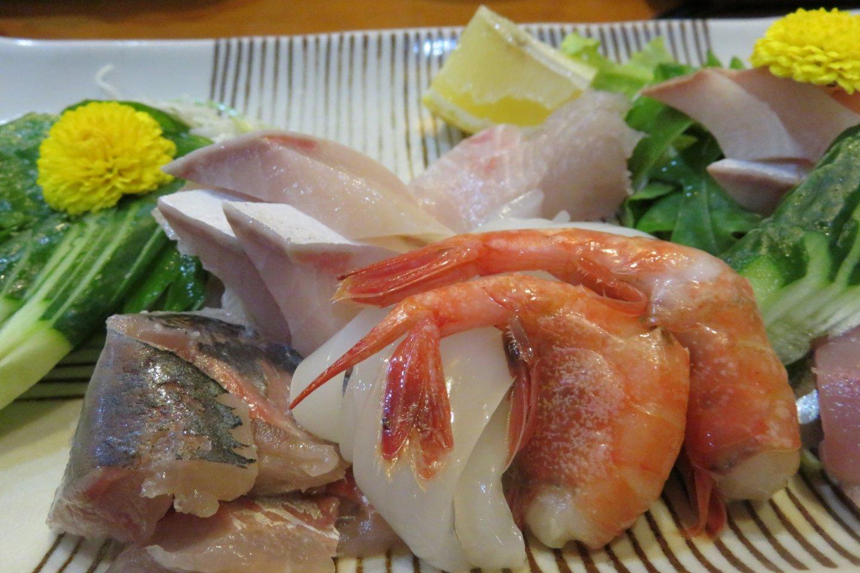 Nhà hàng hải sản Hyoshiro - Không nơi nào sashimi tươi hơn nơi này