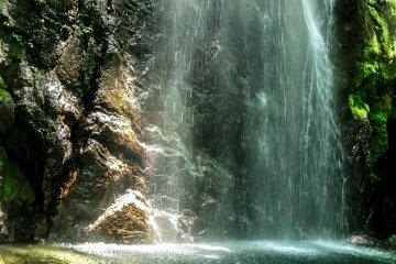 Okutama's Hyakuhirono Waterfall