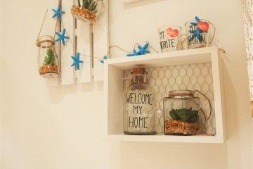 可以用來裝飾房間或家裡的小物。