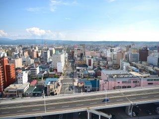 Thành phố Aomori ở phía đối diện cầu vịnh Aomori