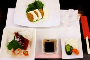 Starters- pickles, sashimi and Iburi Gakko