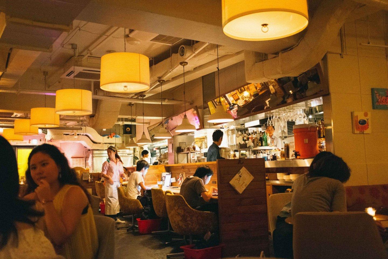 quầy hàng và nhà bếp