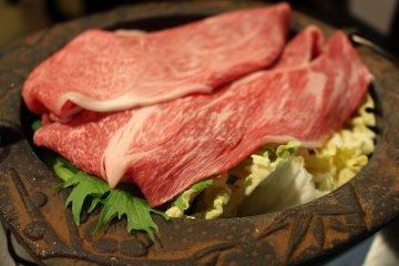 Matsusaka beef sukiyaki at Shoutouan