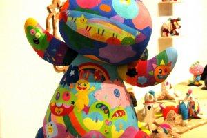 Hand-painted Bnny by Nakamura Shuko
