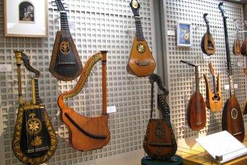 Старинные струнные инструменты Европы
