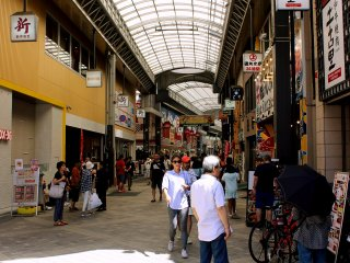 All big streets in Asakusa are full of shops and restaurants