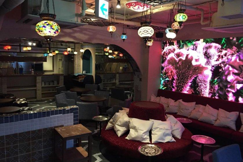 Udagawa Cafe: Dining Cafe & Bar - Shibuya, Tokyo - Japan Travel