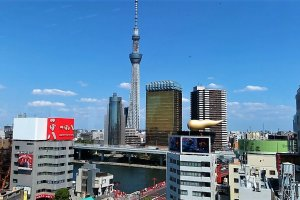 The Tokyo Skytree, Sumida River and Asahi Beer Tower made this view so amazing