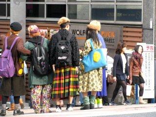 Takeshita sangat populer di antara anak muda