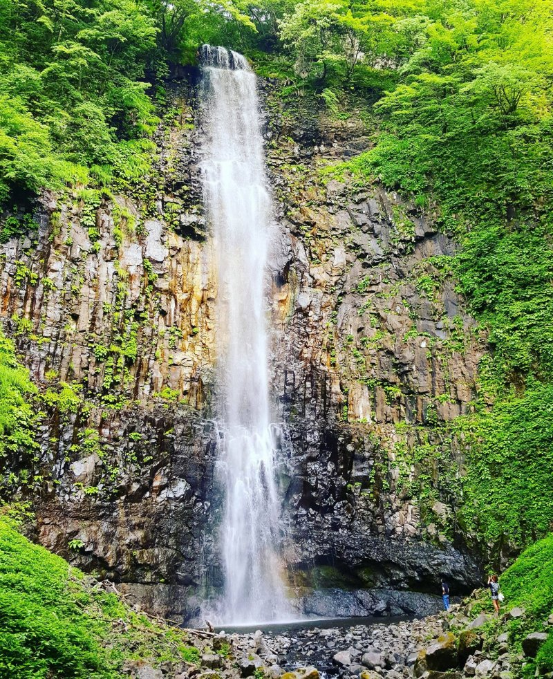 The Tamasudare no Taki waterfall
