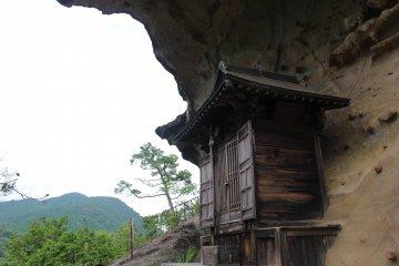 祈求登山安全的小廟