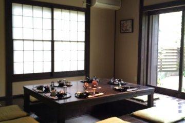 深綠茶房的茶室