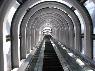 The longest escalator of the world!
