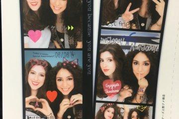"Una foto de un photobooth ""kawaii""."