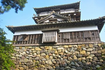 The ishiotoshi on one side of the castle