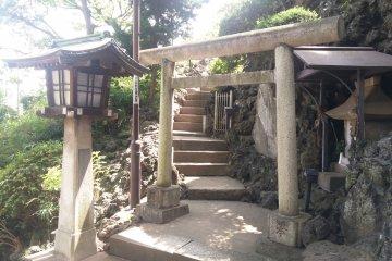 富士塚入口