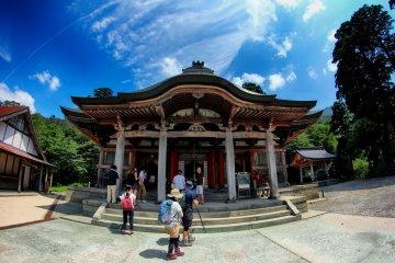 Daisen-ji temple and sky