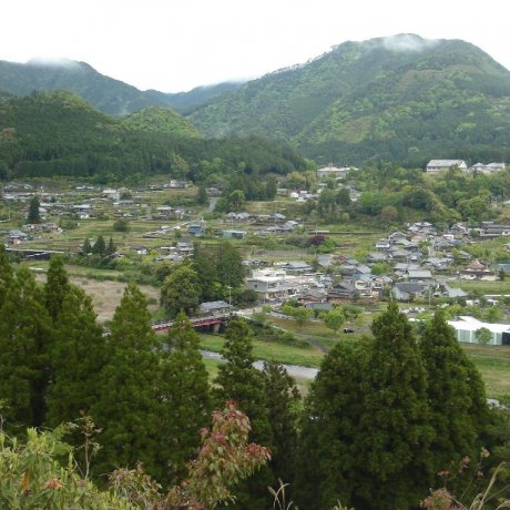 Остановка в Тикацую-одзи на пути Кумано-кодо