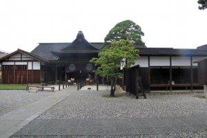The entrance to the Takayama Jinya