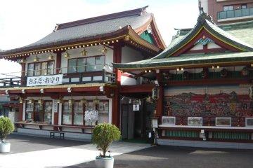 Buildings depicting beautiful murals