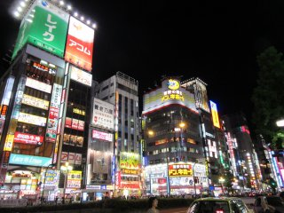 Shinjuku at night looks so different!