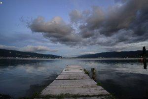 Depuis les quais du Lac Suwa