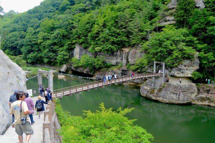 Tonohetsuri Bridge (Photo: Japan Travel)