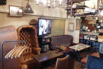 Alternative seating at Vizz Cafe