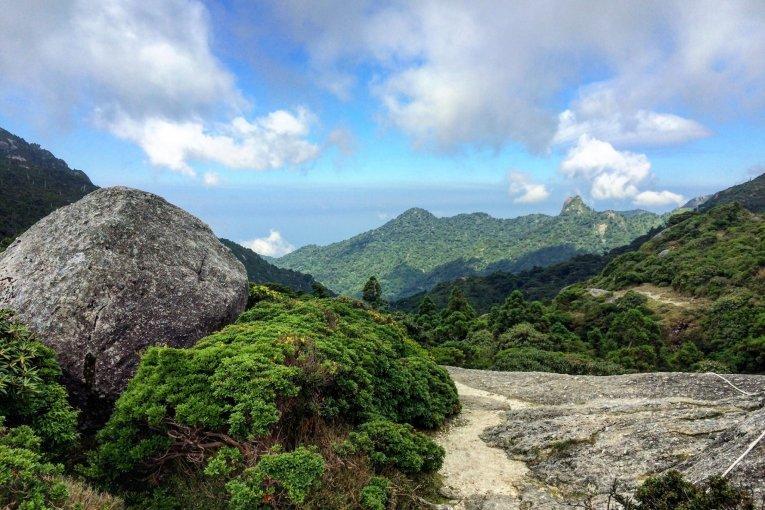 Núi Miyanoura ở Yakushima