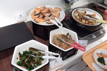 <p>The breakfast buffet, part 2</p>