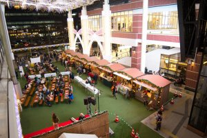 The smaller Christmas market of Kagoshima-chuo station