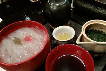 Kuzukiri Japanese dessert, Toraya