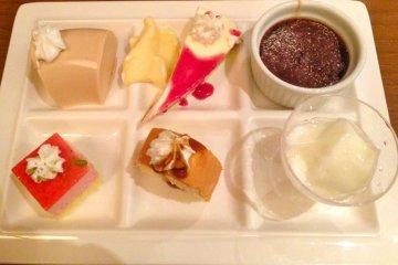 After dinner, a dessert plate goes down well.