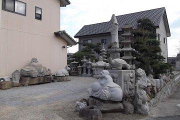 <p>A stoneyard near the museum</p>