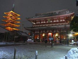 Snowfall at Asakusa