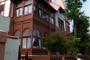 Tháp canh Weathercock House ở khu phố lịch sử Kitano