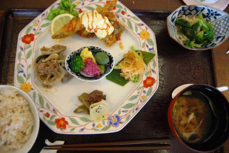 Orizuru's plate lunch
